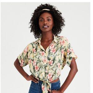 AMERICAN EAGLE Hawaiian button down shirt